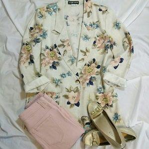 Vintage Pink & Cream Floral Blazer